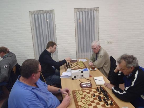 ESG 3 - Veendam, Klaas en Jan spelen vooruit (0-2)