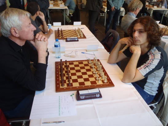 Arie tegen de italiaan Martinello (2163) remise