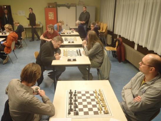 Het hele team: Willem, Marcel, Ton en Fred. Teamlijder Bastiaan op de achtergrond.
