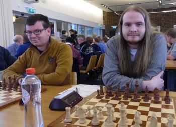 Almar en Marcel naast elkaar